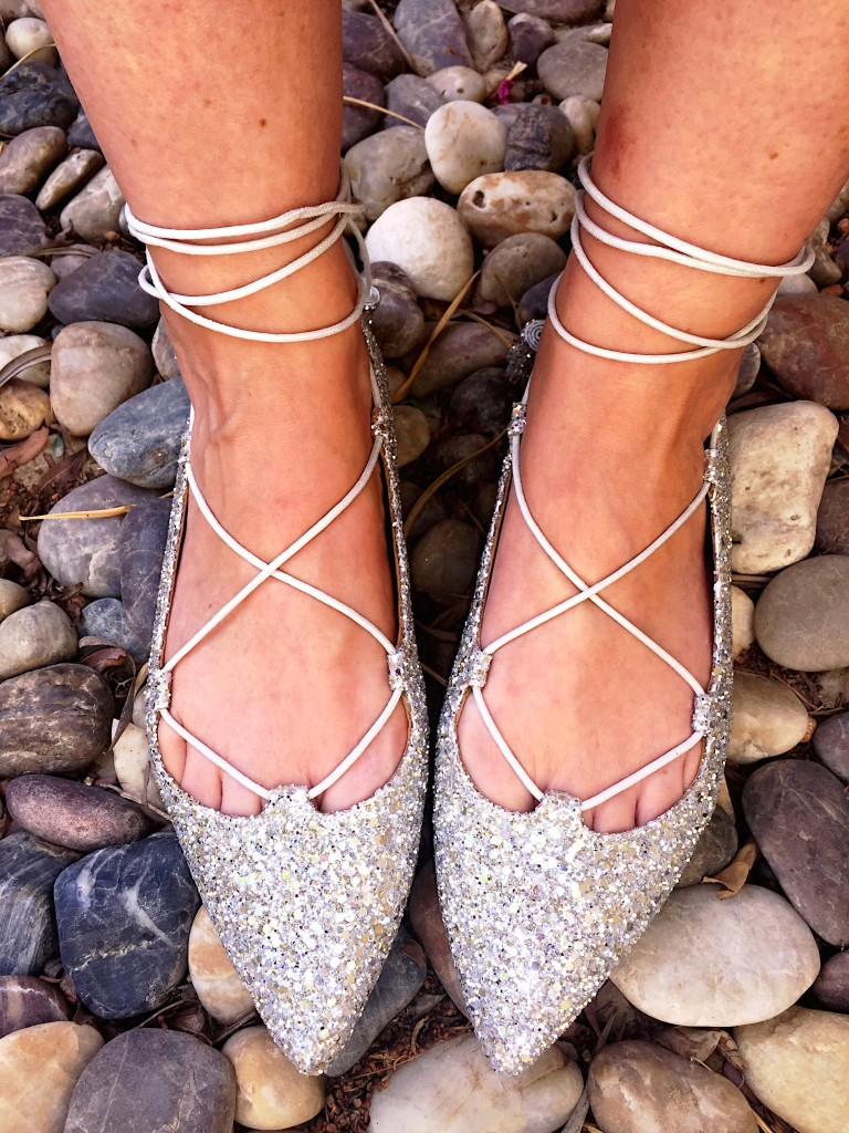 Office-laceup-shoes-flats-trend-glitter-silver-comfy-blog-post-online shopping-sparkly-laces-gingham and sparkle-dubai-ireland