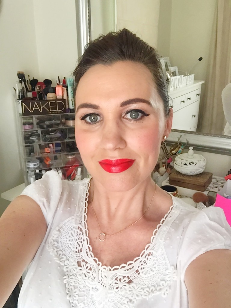 make up-foundation-rimmel-wake me up-base-red lips-blogger-gingham and sparkle-dubai-ireland