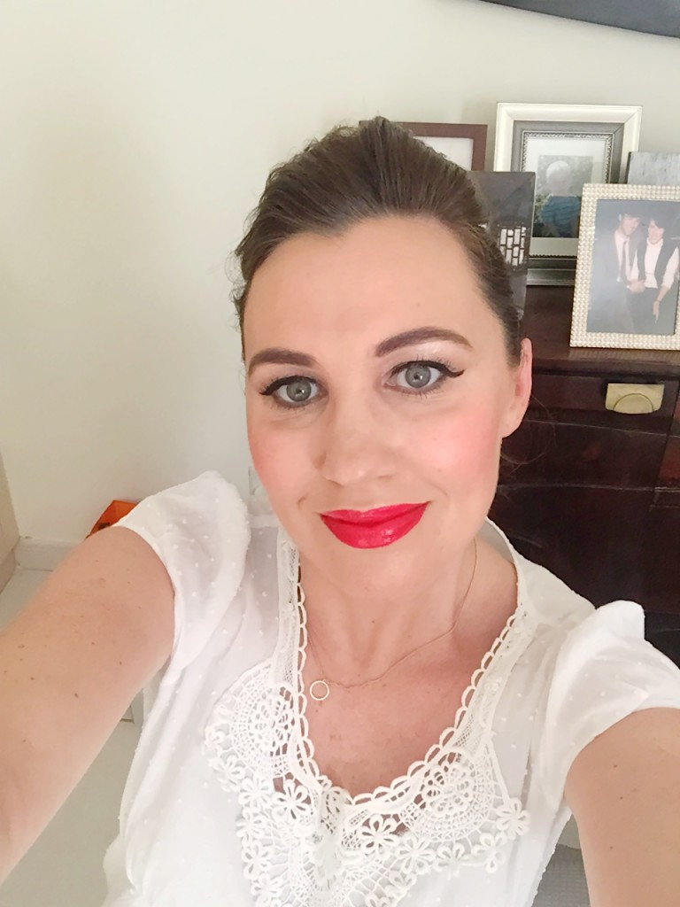 makeup-blogger-eyebrows-red lips-gingham and sparkle-ireland-dubai