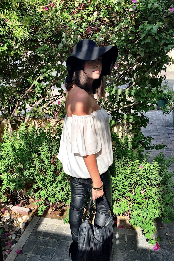 tiny toots-off the shoulder-top-cream-blog post-trend-boho chic-fringe-fringing-floppy hat-leather-leggings-zara-missguided-peep toe boots-handbag-70s-gingham and sparkle-dubai-ireland-blogger