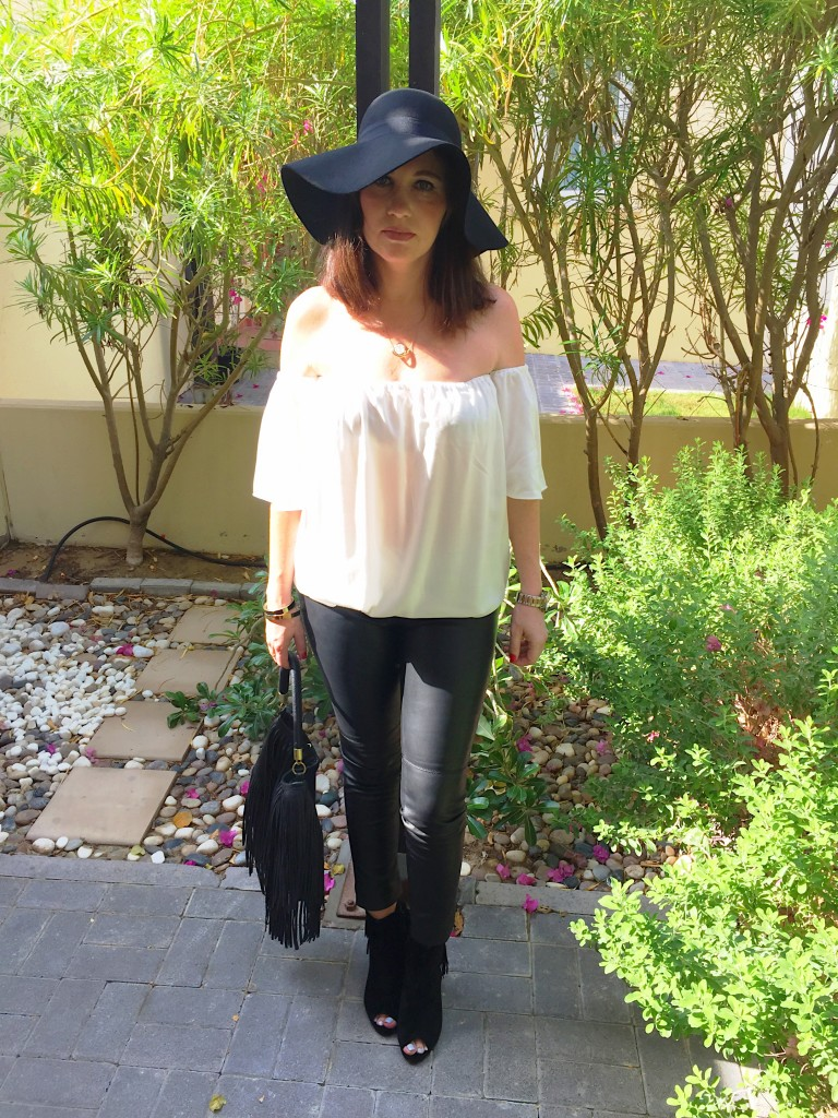 boho chic-blog post-autumn-winter-fringing-gingham and sparkle-black-cream-tiny toots-floppy hat-h&m-zara-misguided-dubai-ireland