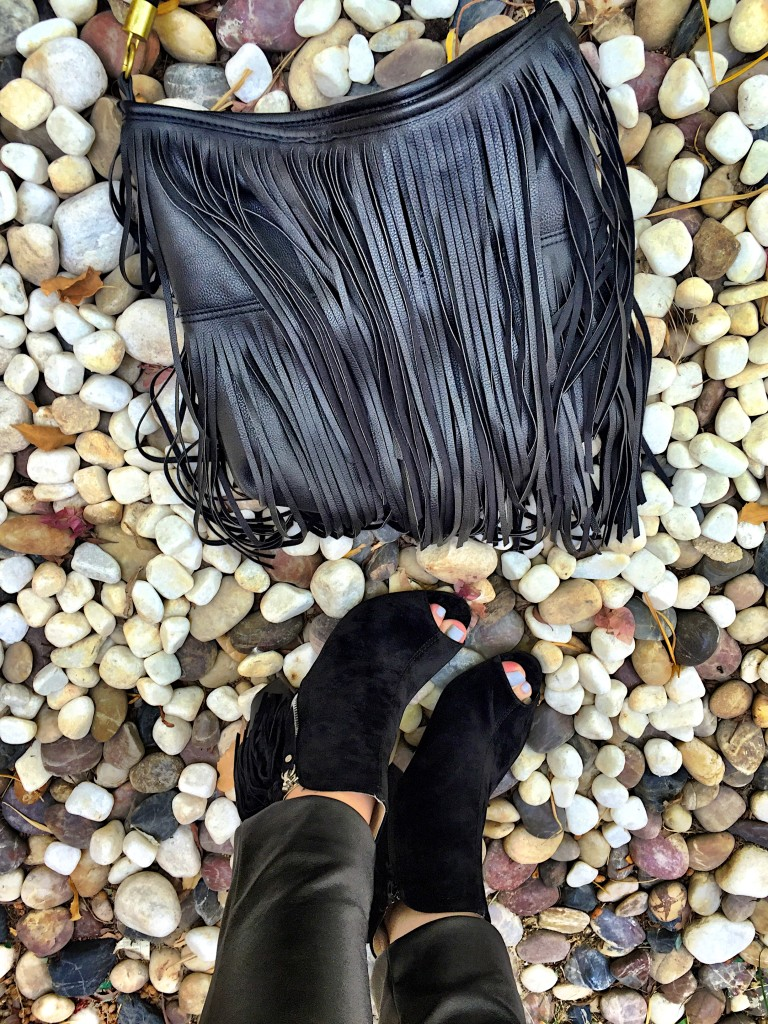 h&m-bag-missguided-peep toe boots-black-suede-fringing-autumn-winter-boho-chic-style-fashion-blog-gingham and sparkle-dubai-ireland-blogger-outfit of the day-look