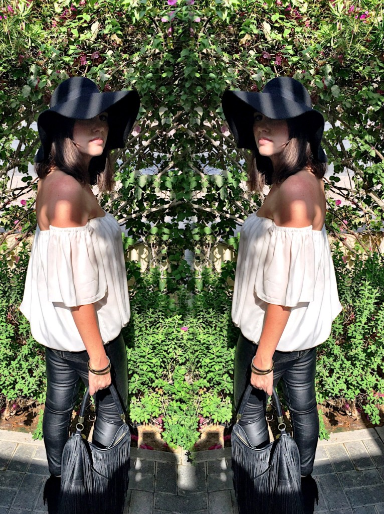 boho chic-tiny toots-h&m-zara-floppy hat-fringing-70s-style-fashion-autumn-winter-gingham and sparkle-look-outfit-off the shoulder-peeptoe boots-leather leggings