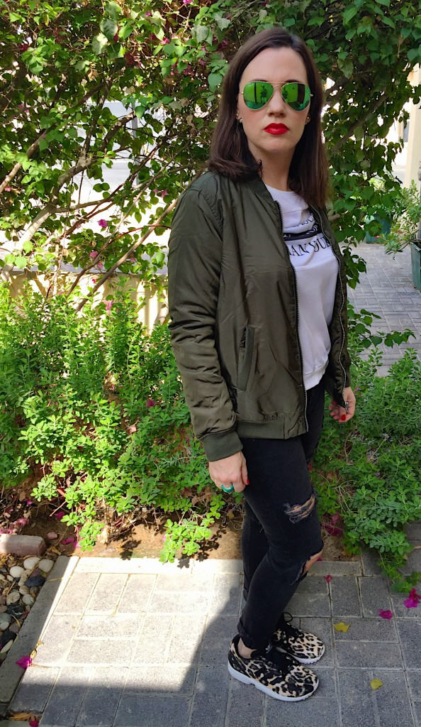 bomber-return-1990's-blog post-gingham and sparkle-forever 21-green-army-military-blogger-dubai-ireland-style-fashion