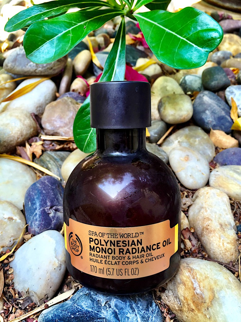 The Body Shop-Polynesian-Monoi-Radiance-Oil-cult buy-smell-blog post-gingham and sparkle-coconut oil-blogger-beauty-products-moisturise-body-face-hair
