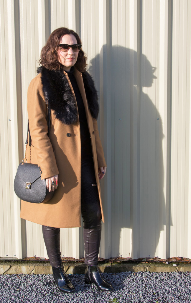 outfit-blog-post-classic-camel-coat-winter-style-gingham and sparkle-irish-blogger-dubai-blogger-fashion-accessories-faux fur-bag-leather-zara-dunnes-stores-primark-penneys-tom ford-h&m-stylist