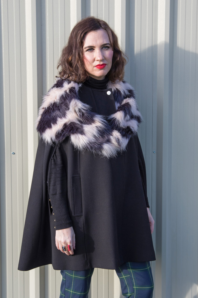 cape-coat-winter-christmas-penneys-primark-look-ootd-style-fashion-tartan-river island-h&m-patent-black-boots-trend-faux-fur-collar-stole-acccessory-bag-dunnes-leather-black-black-polo-neck-hm-red-lips-gingham and sparkle-blogger-irish-dubai-ireland