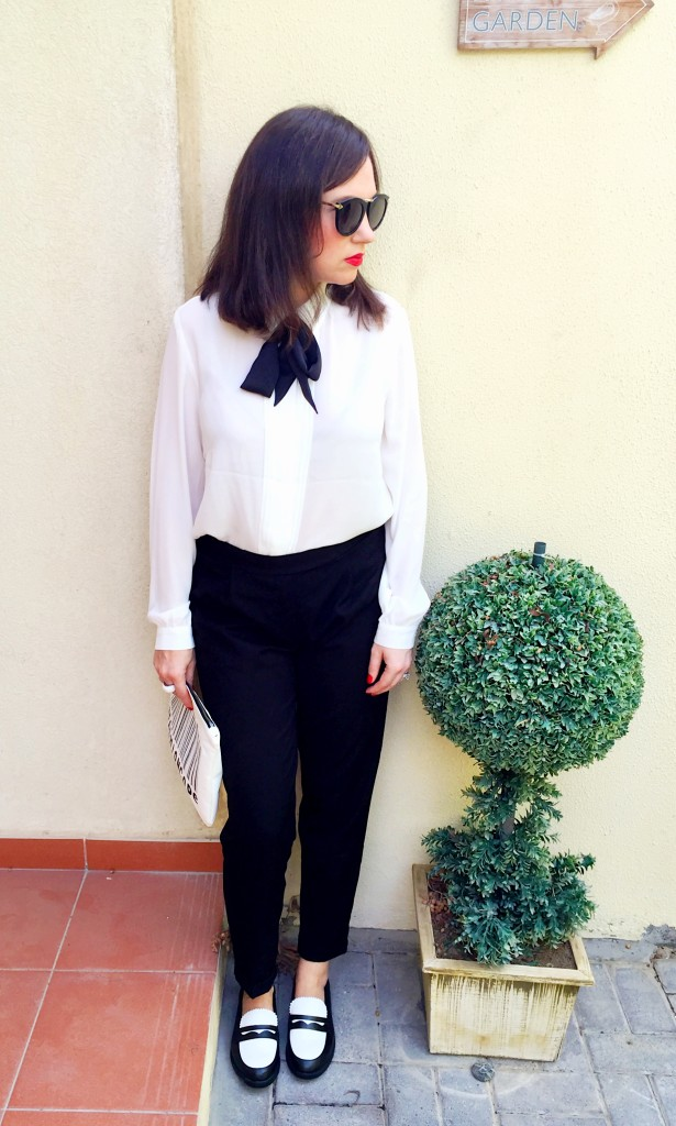 Bow Blouse-Pussy Bow Blouse-monochrome-black and white-androgynous-chic-smart-blog post-gingham and sparkle-new-blogger-fashion-style-red lips