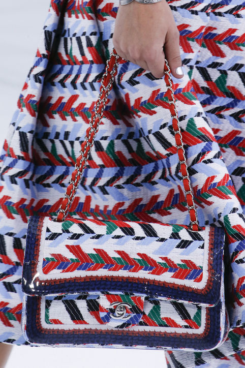 30-spring-2016-bags-accessory-jewelry-trends-embellished-bags-chanel-h724