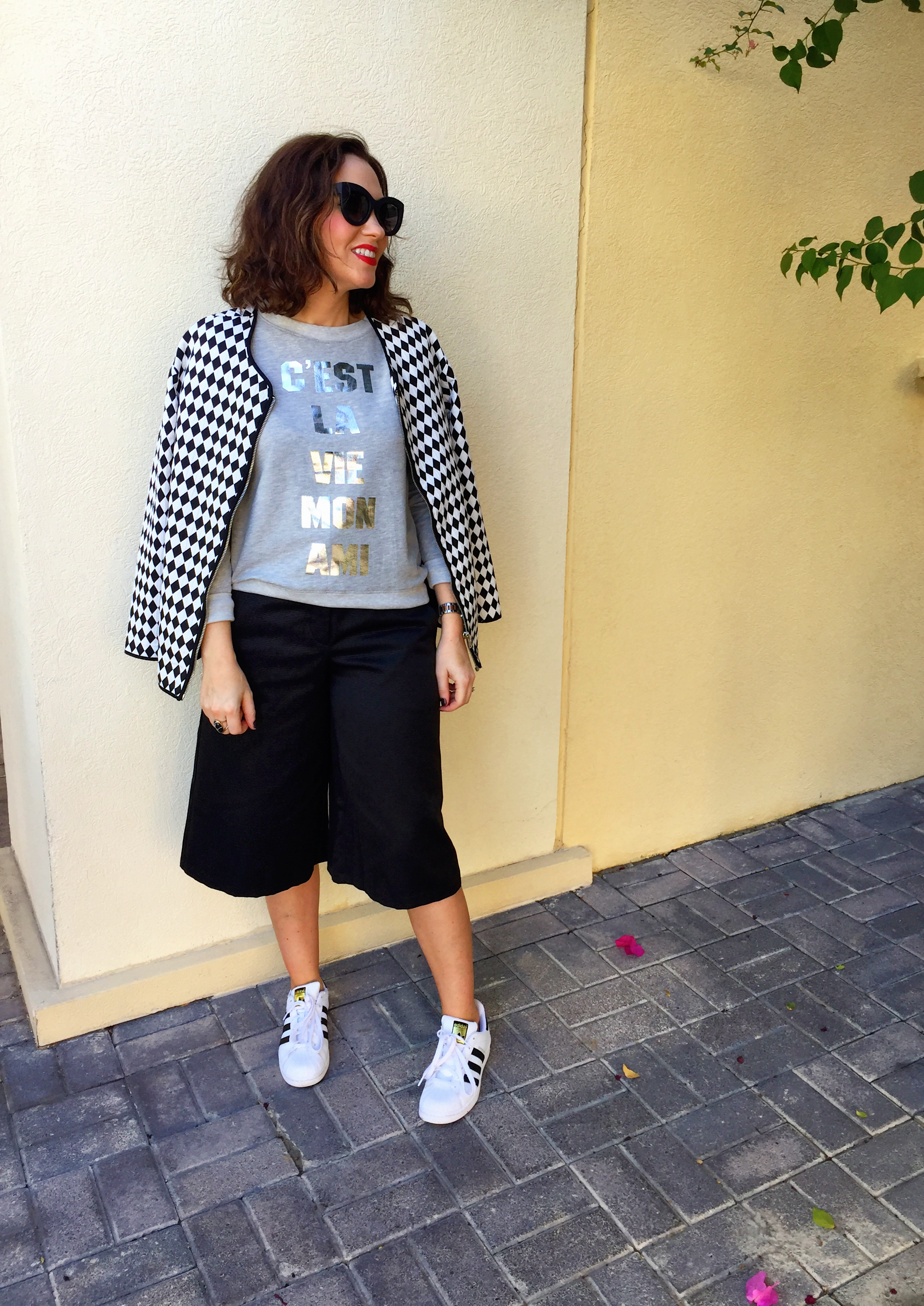 culottes-asos-black-white-monochrome-blog-post-blogger-gingham-and-sparkle-trend-fashion-style-dubai-ireland-irish-shoe-boots-fringe-stripes-bell-sleeves-zara-h&m-adidas-trainers-runners-3-styles-grey-jumper-elephant-print-blouse-shoe-boots-jacket-quay-australia-sunglasses