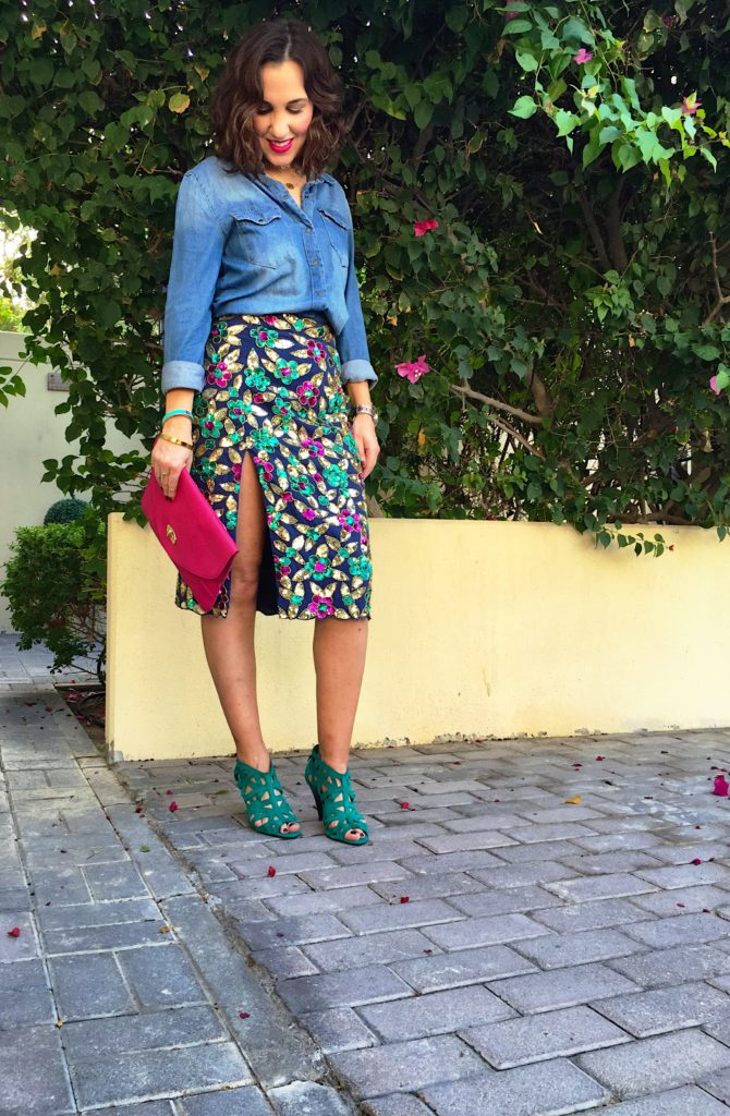 denim-shirt-blog-post-new-gingham-and-sparkle-primark-penneys-virgos-lounge-midi-sparkly-skirt-goes-with-everything-style-fashion-casual-irish-dubai-blogger-blue-wash-colour-pink-green-shoes-topshop-clutch-sportsgirl-photobomb-choker-hm-trend