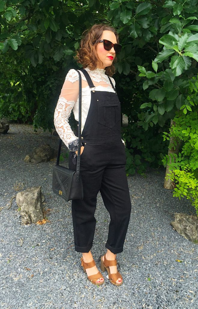dungarees-asps-black-denim-lace-white-shirt-top-chicwish-online-shopping-newlook-mules-sandals-tan-bandana-quay-australia-sunglasses-primark-penneys-bag-blogger-gingham-and-sparkle-irish-dubai-fashion-style-stylist-trend-90s-highstreet