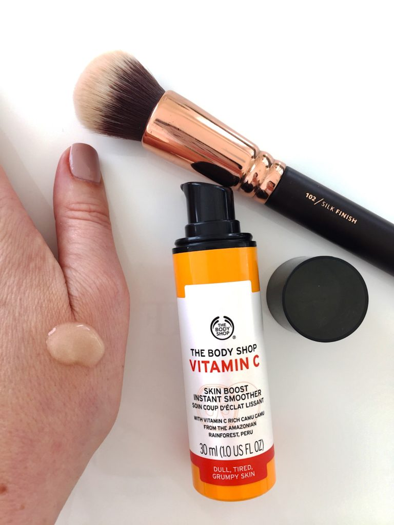 bodyshop-quote-products-skincare-beauty-skin-love-primer-serum-vitaminc-eye-eyegel-dropsofyouth-skinboost-radient-beautyblogger-ginghamandsparkle-review-fav-makeup-glow