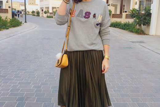 jumper-pull-and-bear-pleats-skirt-topshop-floral-boots-public-desire-zara-cute-microbag-bag-accessories-ootd-outfit-look-fashion-style-gingham-and-sparkle-blogger-blog-post-grey-green-winter-dubai-statement-slogan-reason-trend-autumn-streetstyle-sweater-casual