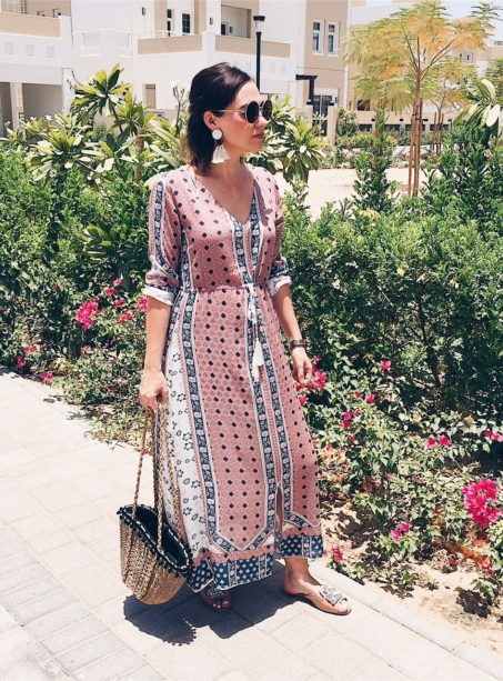 ramadan-kareem-iftar-eid-fashion-ladies-style-sassy-mama-blog-post-five-5-tips-stylish-dressing-fblogger-gingham-and-sparkle-respect-culture-muslim-dubai-uae-middle-east-gulf-mosque-pray-grateful-soul-happiness-summer-trends-primark-penneys