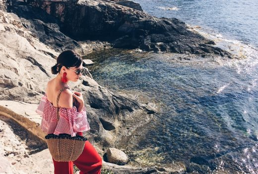 moda-chic-fashion-style-travel-malta-europe-mediterranean-sun-summer-escape-wanderlust-ootd-zara-tinytoots-dubai-ireland-dubai blogger-irish blogger-blogger-red-trend-fashionista-holidays-friends-fun-pretty-scenic-online-irish-magazine-gingham-and-sparkle