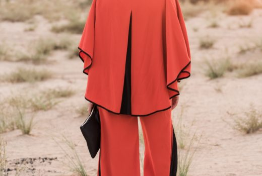 baruni-fashion-designer-dubai-uae-local-luxury-desert-al-qudra-photoshoot-blogger-style-clothes-athleisure-modern-feminine-clean-lines-colour-orange-sunset-sand-sun-evening-hot-gingham-and-sparkle-vibes-mood-sports-luxe-trousers-stylish