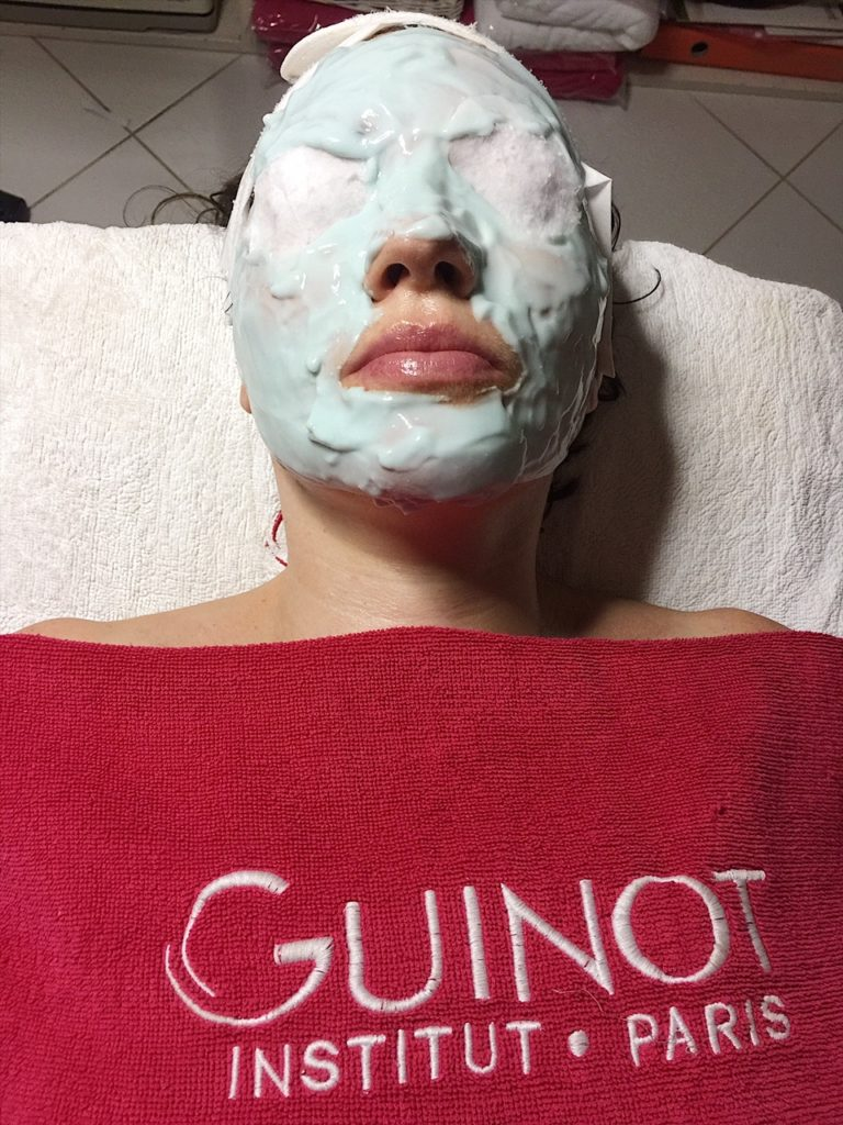 guinot-hydra-peeling-treatment-paris-beauty-facial-skin-blogger-hydra-ph-aesthetic-medicine-aging-dull-complexion-dark-spots-pigmentation-renewal-review-face-regenerate-massage-mask-peeling-radiance-glow-brighten-exfoliates-stimulate-phskin-essentials-beauty-salon-dubai-uae