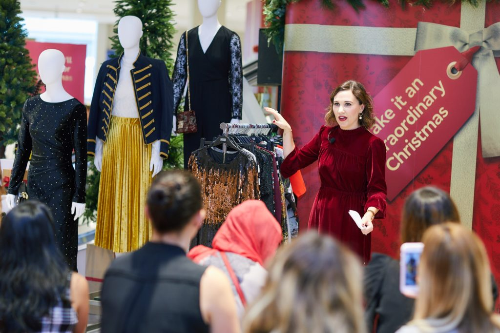 marks-and-spencer-festive-fashion-christmas-style-event-workshops-christmassy-home-british-m&s-dubai-festival-city-nightwear-sleepwear-dresses-glam-new-years-eve-gifts-ideas-presents-family-ladies-men-children-santa-paddington-bear-london-movie-legend-icons-cute-spend-it-well